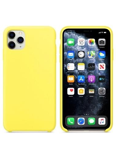 Microsonic Apple iPhone 11 Pro Max (6.5'') Kılıf Liquid Lansman Silikon Güneş Sarısı Sarı